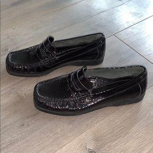 Rockport Patent Leather Slip On Shoe 6.5